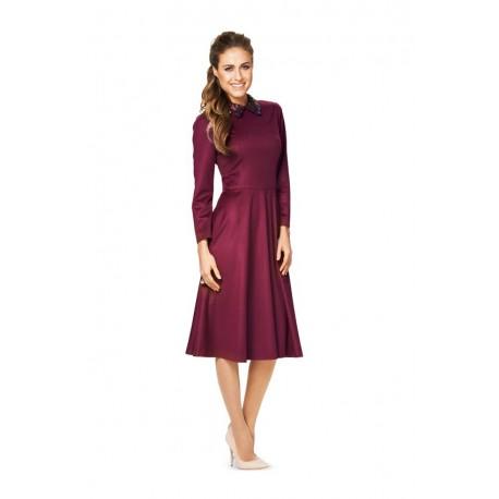 Patron n°6833 : Robe semi-ajustée avec jupe cloche