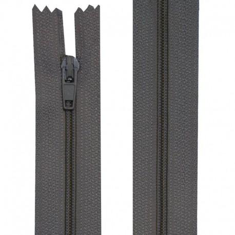Fermeture nylon non-séparable de 10 à 60 cm fushia