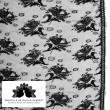 Tissu Dentelle de calais noir motif roses x10cm