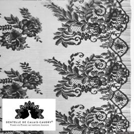 Tissu Dentelle de calais® noir motif arabesque x10cm